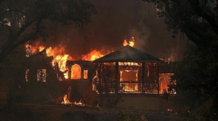 Migrante mexicano trabajó años para construir su casa, incendio en California lo dejó sin nada