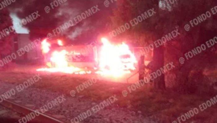 Delincuentes del Edomex aterrorizan matando transportistas y quemando sus unidades