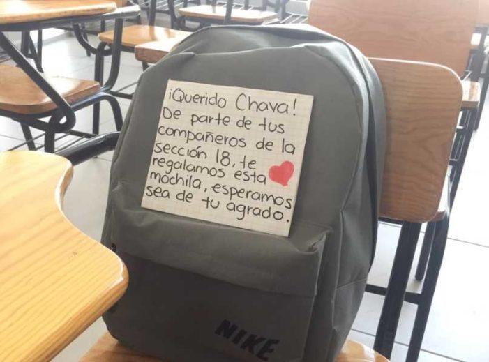 Chava estudia y trabaja, pero no podía comprar una mochila para sus libros (VIDEO)