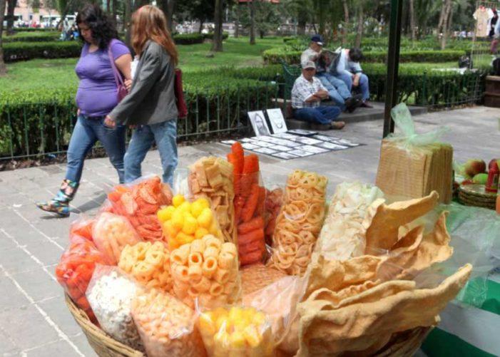 La comida chatarra mata a más personas que las drogas en América Latina