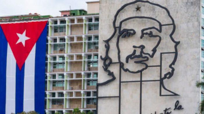 Cuba anuncia que en 2018 tendrá medidas migratorias más 'flexibles'
