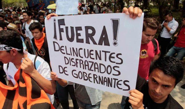 América Latina no confía ni está satisfecha con la democracia: Latinobarómetro