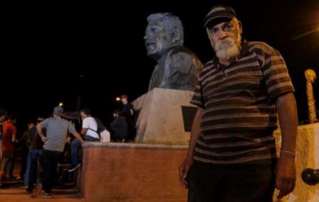 Hombre de Sonora lleva años esperando a su hijo, se fue a EU y lo abandonó