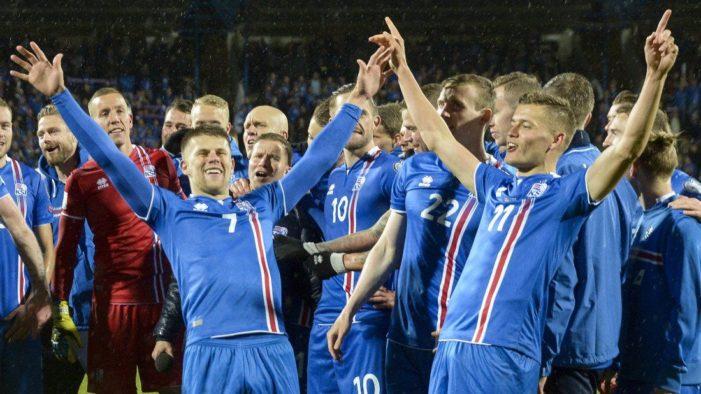 Islandia clasifica a su primer Mundial, la mayoría son jugadores amateur