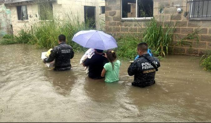 Intensas lluvias dejan dos muertos Tamaulipas y más de cien familias afectadas en Veracruz