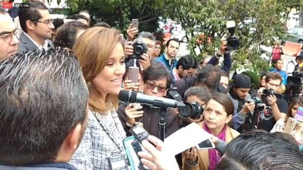 Margarita Zavala se registra como candidata independiente en el INE