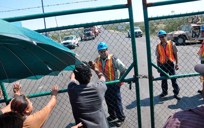 Mina de Coahuila se desplomó sobre dos trabajadores, uno de ellos ya fue recuperado