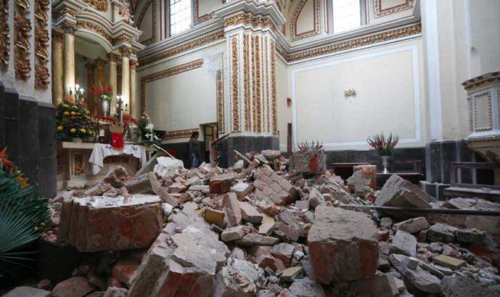 Poblanos piden al gobernador reconstruir primero iglesias que sus casas