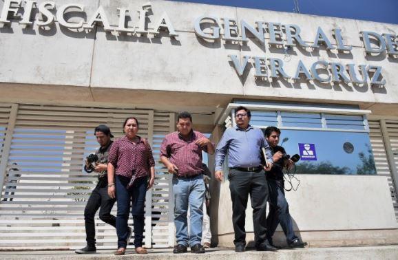 Van padres de caso Tierra Blanca contra el fiscal de Veracruz, Winckler