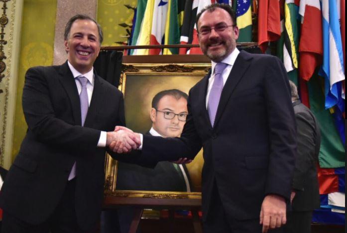 Retratos de Meade, Videgaray, secretarios y presidentes, cuestan al erario más de 300 mil cada uno