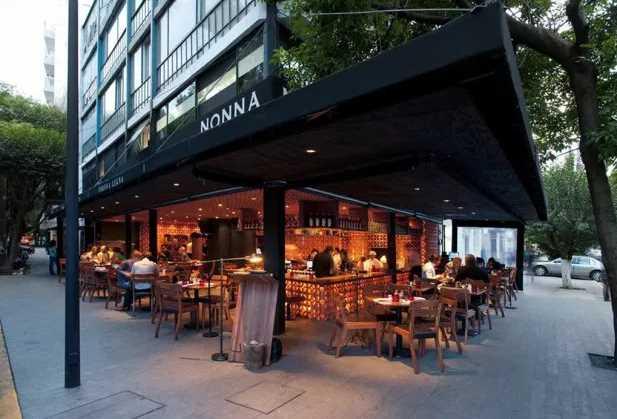 Roma-Condesa una zona de restaurantes exclusivos, baja la clientela tras el sismo