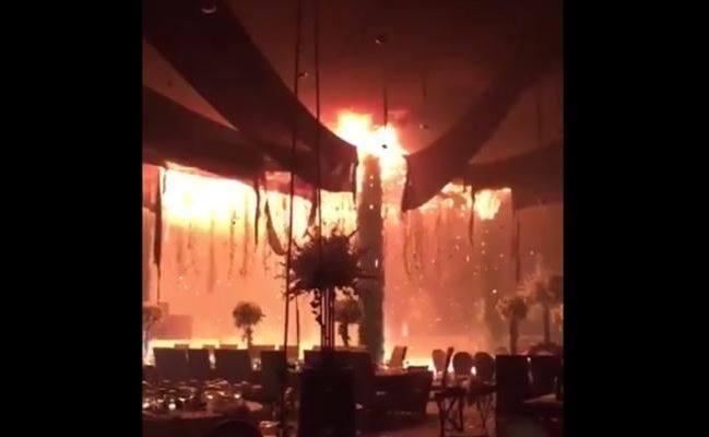 En Tampico, boda termina en incendio por mal uso de fuegos pirotécnicos