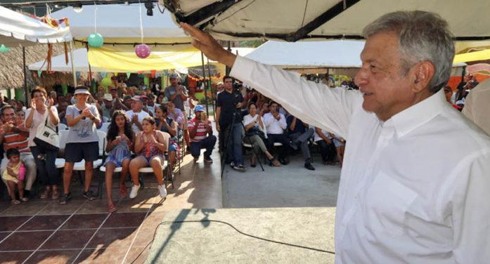 Advierte AMLO que PRI demandará a Morena por realizar su Congreso Nacional
