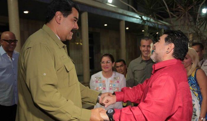 Maradona conducirá programa en Telesur; reitera su apoyo a Venezuela y Maduro