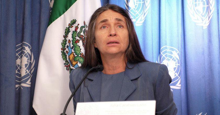 Entregarán a Julia Carabias la Belisario Domínguez