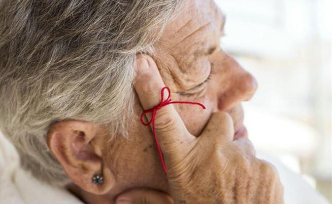 Jóvenes sedentarios y que se desvelan pueden padecer Alzheimer: especialista