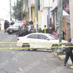 Ejecutan a empresario al llegar a su casa en Toluca