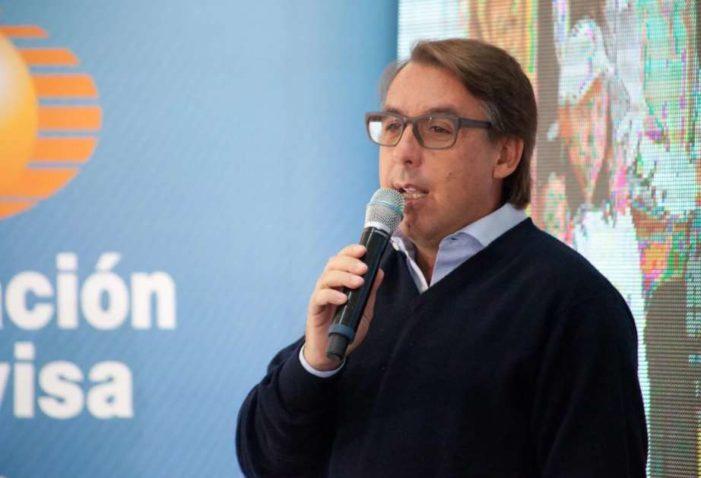 Salida de Azcárraga afecta acciones de Televisa, títulos cayeron 3.8%