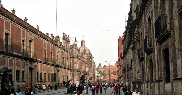 Hallan dos cabezas abandonadas en Centro Histórico, Ciudad de México