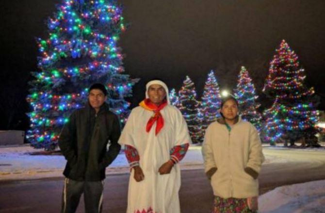 Corredores tarahumaras se llevan primeros lugares en Maratón del Oso Polar, Cánada