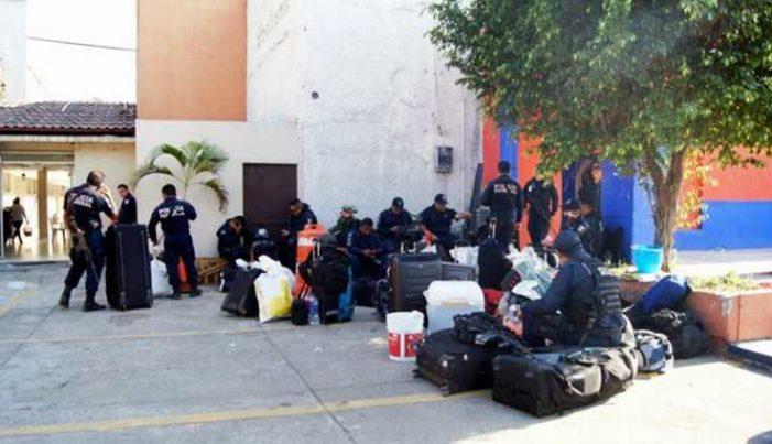 Desalojan de hoteles a 500 elementos de la PF por falta de pago