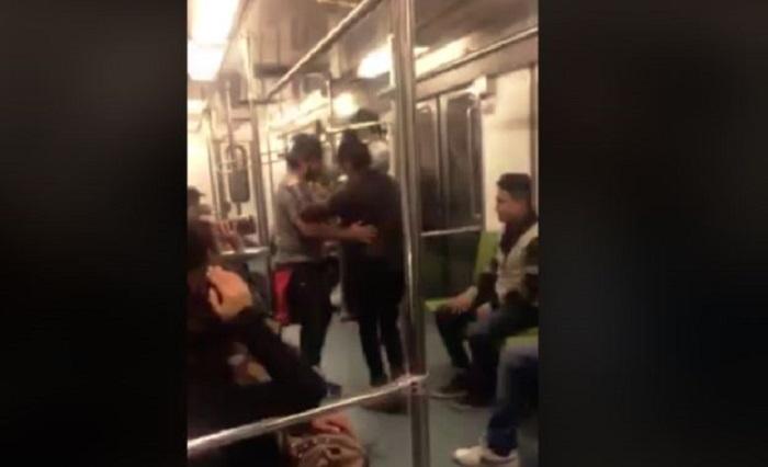 Con caguamas y música en vivo, arman fiesta en el Metro (VIDEO)
