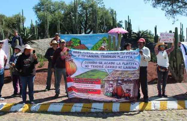 Pobladores de Teotihuacán se manifiestan contra NAICM, exigen parar devastación