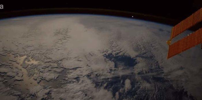Astronauta grabó una bola de fuego cayendo sobre la Tierra (VIDEO)