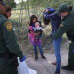 Gobierno de Trump pone fin a programa para menores refugiados de Centroamérica