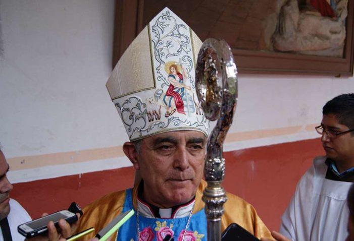 Obispo de Chilpancingo acepta que dialoga con narcos para detener la violencia en Guerrero