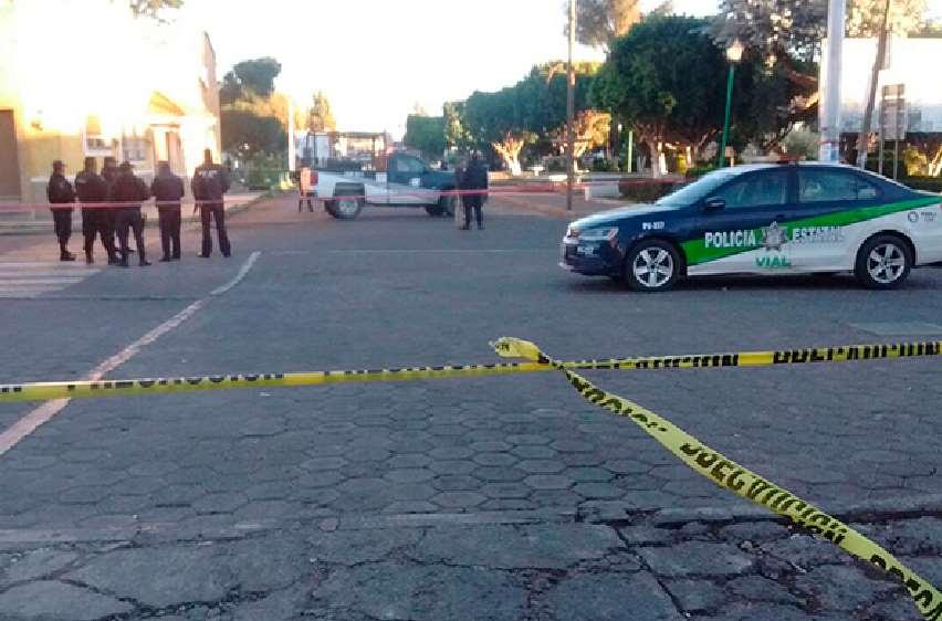 Presuntos huachicoleros asesinan a un par de policías de El Verde — SSP