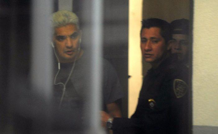 Detienen al luchador 'Shocker' por destrozos en hotel