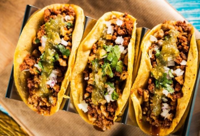Comer tacos al pastor es más sano que las barras de cereal: estudio