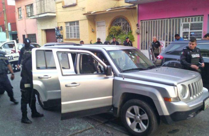 Violencia no cesa en Veracruz, enfrentamiento deja un muerto y una mujer herida