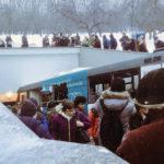 Autobús atropella a multitud en entrada al Metro de Moscú, al menos 5 muertos (Video)