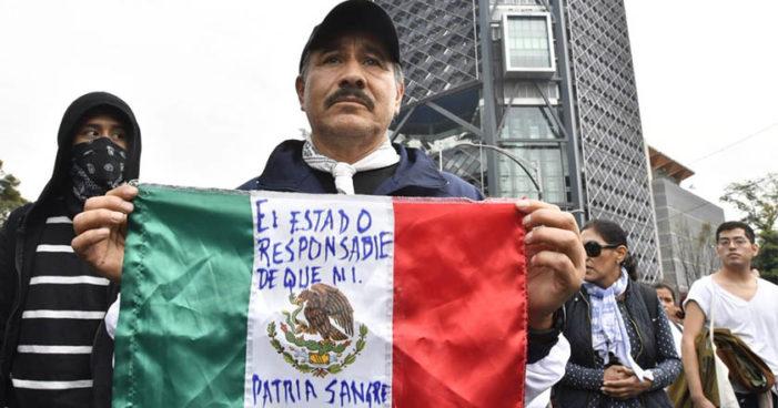 Ciudadanos se manifiestan contra Ley de Seguridad en Cd. de México (Videos, imágenes)