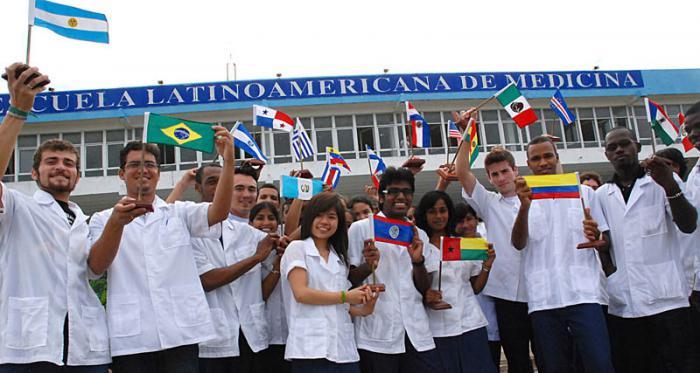 Escuela de Medicina en Cuba ha graduado 29 mil jóvenes de 90 países