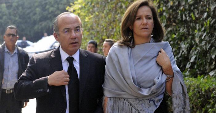Calderón puso empleados, que cobran del Erario, a juntar firmas para Zavala