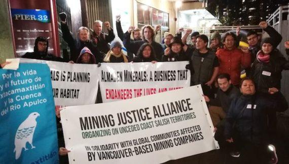 Protesta en Vancouver contra minera canadiense en Ixtacamaxtitlán