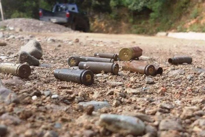 Ante omisión de autoridades, guerrerenses se unen para ahuyentar a balazos a criminales