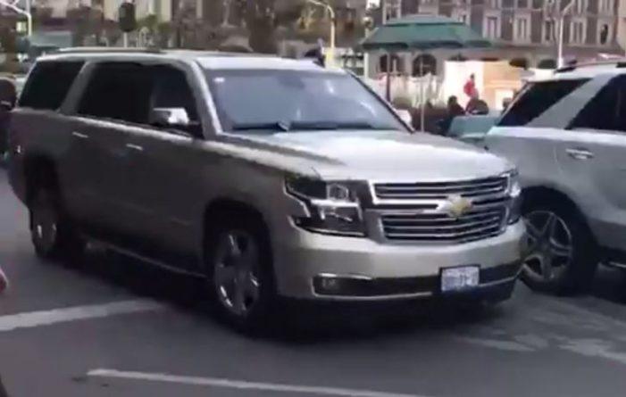 Moreno Valle estaciona su camioneta en lugar prohibido en la CDMX y le perdonan multa