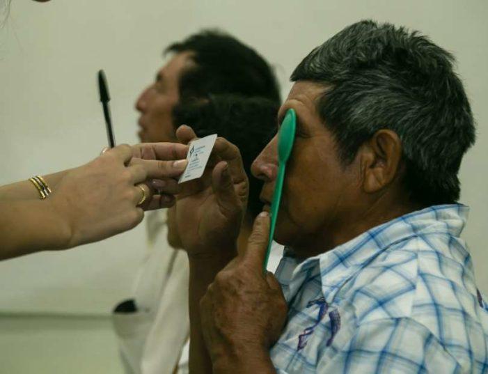 Cinépolis se deslinda de negligencia médica que dejó ciegos a ancianos