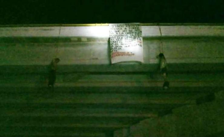 Aparecen 6 cuerpos colgados en puentes de Los Cabos y La Paz