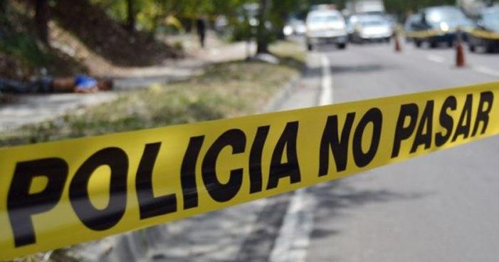 Familiares exigen castigo a policías que robaron y mataron en Zacatepec