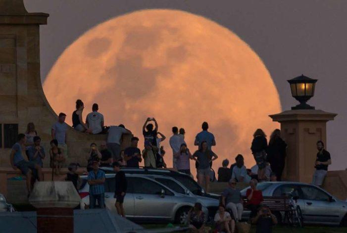 La primera superluna del 2018, será en la noche del 1 de enero