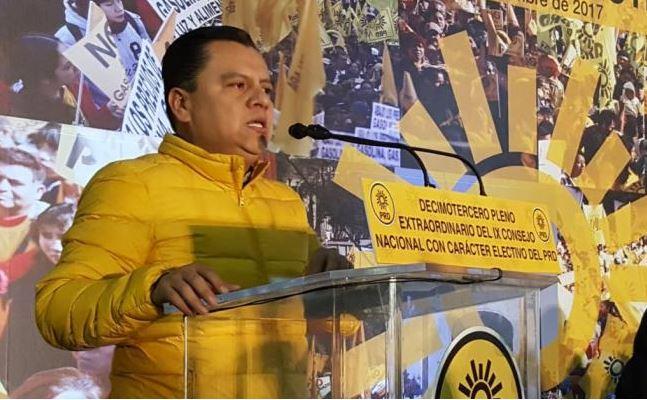 Manuel Granados se queda como presidente del PRD, un cercano a Mancera