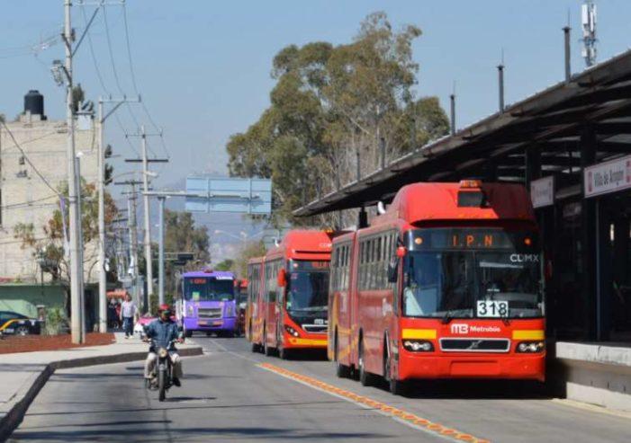 Horarios de Metrobús, Suburbano y Metro para Navidad y Año Nuevo