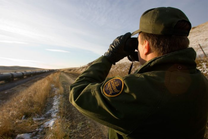 Patrulla Fronteriza de EU: desertan más agentes de los que entran