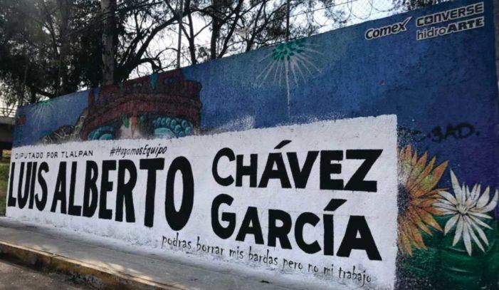 Diputado del PRD pinta su propaganda encima de mural hecho por jóvenes