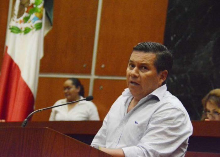 Sin trabajar, hijos de priistas cobran en el ayuntamiento de Chilpancingo